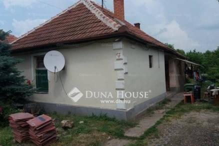 Jászárokszállás eladó családi ház a Nyár utcában