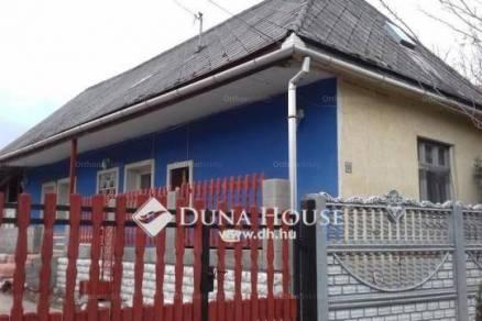 Eladó 2 szobás családi ház Dág