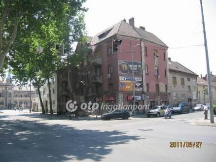 Pécs 3 szobás lakás eladó a Szabadság utcában