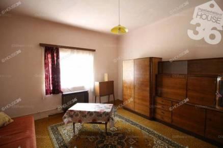 Eladó 1 szobás házrész Kiskunfélegyháza