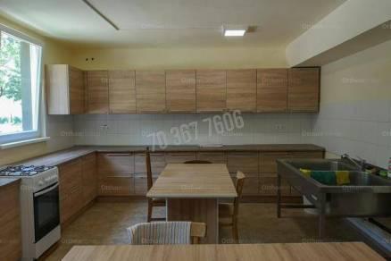 Kiadó lakás, Tatabánya, 56 szobás