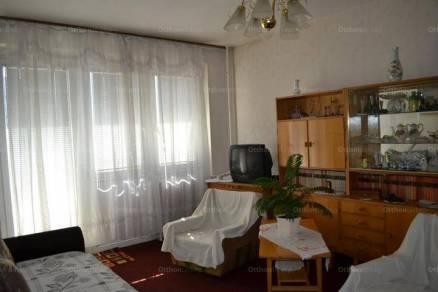 Eladó, Szombathely, 2+1 szobás
