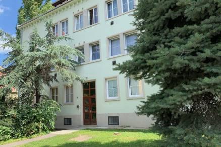 Eger lakás eladó, Egészségház utca, 1+1 szobás