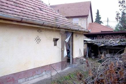 Solt családi ház eladó, 2 szobás
