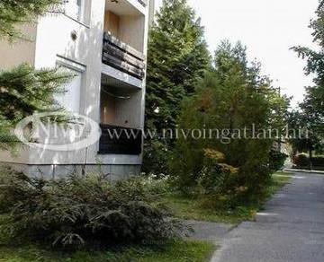 Kiadó 2+1 szobás lakás Veszprém