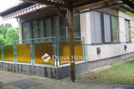 Velence 1+2 szobás családi ház eladó