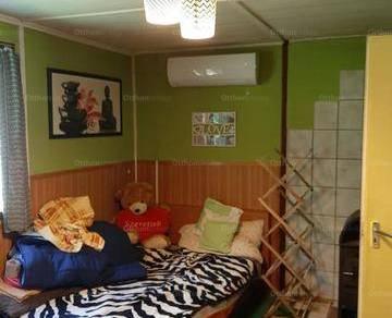Kulcsi nyaraló eladó, 28 négyzetméteres, 1 szobás
