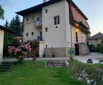 Miskolci családi ház eladó, 270 négyzetméteres