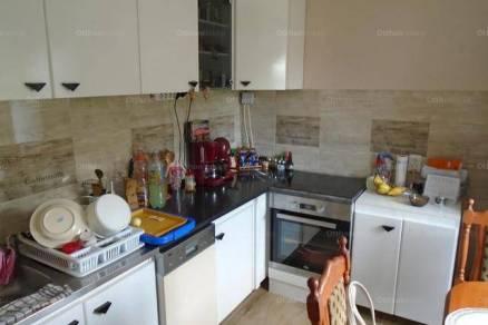 Nyíregyházai eladó lakás, 2+1 szobás, a Sarló utcában