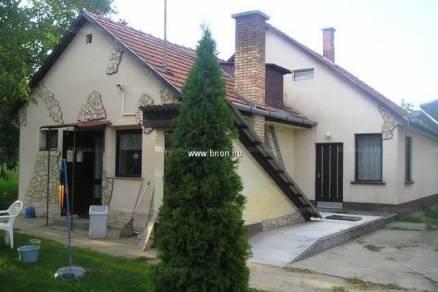Eladó családi ház, Hernád, 4+1 szobás