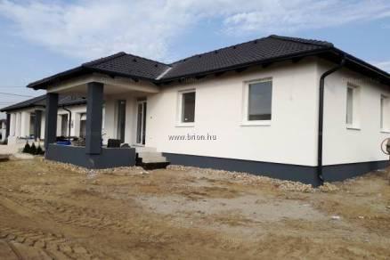 Dabas 4 szobás új építésű ikerház eladó
