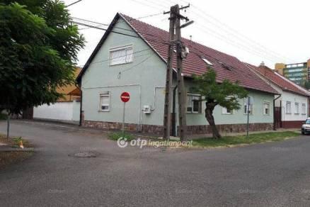 Családi ház eladó Gyöngyös, 220 négyzetméteres