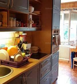 Eladó lakás, Dunaújváros, 1+3 szobás