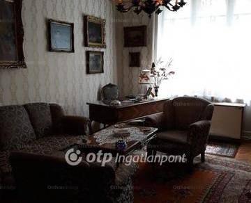 Családi ház eladó Kalocsa, 140 négyzetméteres
