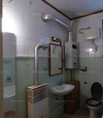 Ercsi 2+2 szobás családi ház eladó