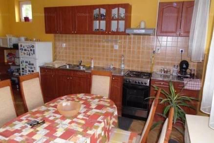 Rakamazi családi ház eladó, 90 négyzetméteres, 3 szobás