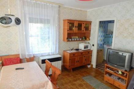 Igal 2+2 szobás nyaraló eladó