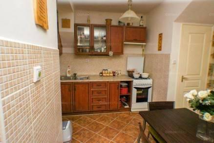 Sorház eladó Debrecen, 84 négyzetméteres