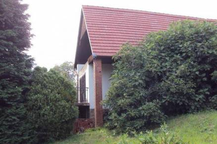 Eladó 3 szobás családi ház Pécs