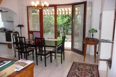 Budapest 4 szobás családi ház kiadó, Testvérhegyen
