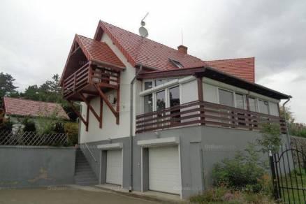 Gyenesdiás 7 szobás családi ház kiadó