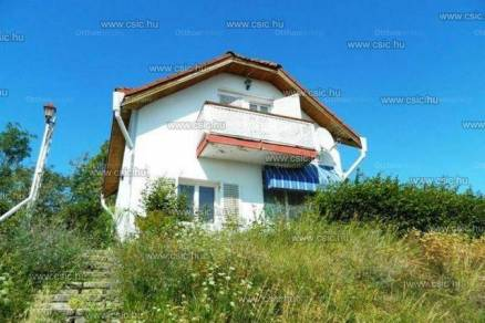 Szentendrei eladó családi ház, 3 szobás, 80 négyzetméteres