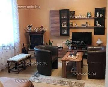 Budapesti házrész eladó, 129 négyzetméteres, 4+1 szobás