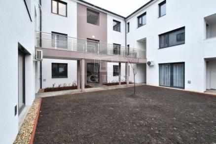 Székesfehérvár új építésű lakás eladó, 1+3 szobás
