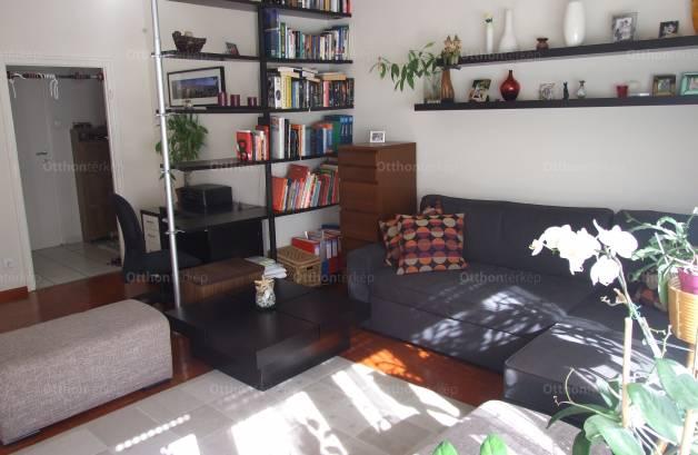 Budapesti lakás eladó, Rézmálon, Bimbó út 6., 2 szobás