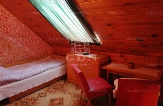 Balatonmáriafürdő eladó nyaraló