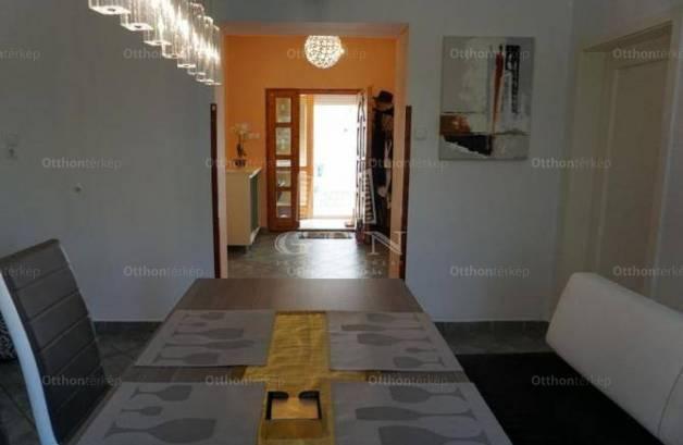 Miskolc 3 szobás családi ház eladó a Pólya Jenő utcában