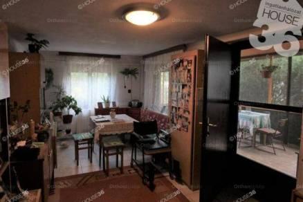 Eladó családi ház Kiskunfélegyháza, 3 szobás
