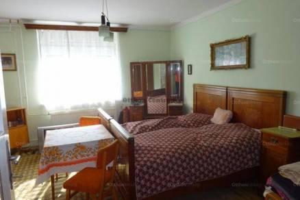 Eladó családi ház, Tarján, 3 szobás