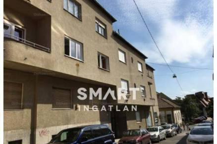 Eladó lakás Pécs, 3+1 szobás