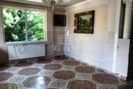 Budapest családi ház eladó, 3+2 szobás