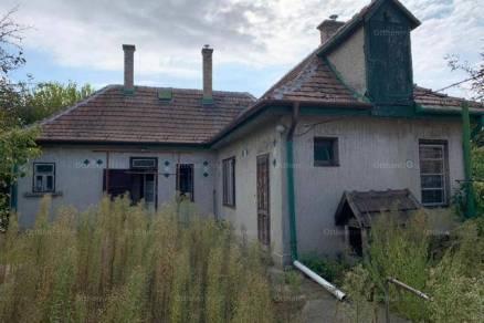 Családi ház eladó Budapest, 90 négyzetméteres
