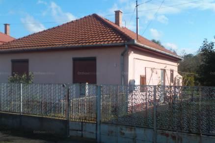 Téglás, Gyár utca 6.