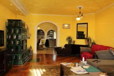 Eladó családi ház Békéscsaba, 5 szobás