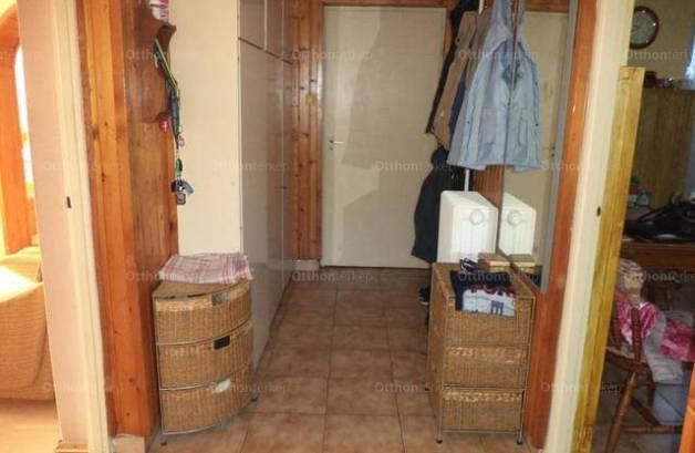 Eladó 5 szobás ikerház Ősi