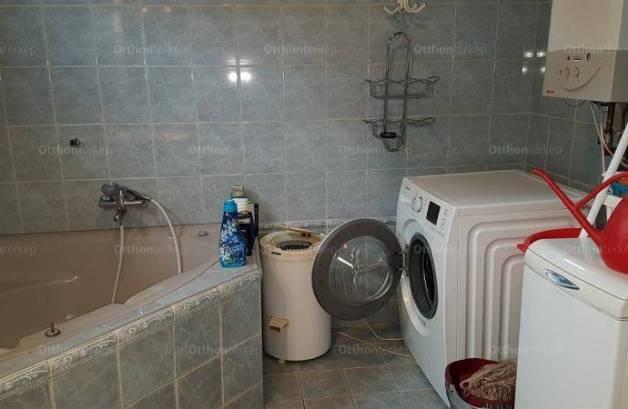 Eladó családi ház, Budapest, Rákoskeresztúron, 100 négyzetméteres