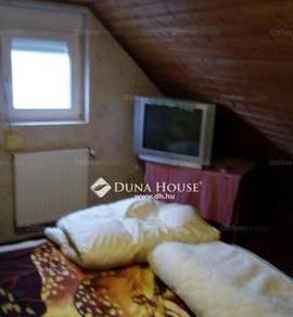 Eladó 1+2 szobás lakás Fót