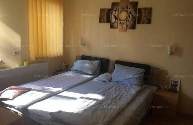 Eladó ikerház, Gyömrő, 1+3 szobás