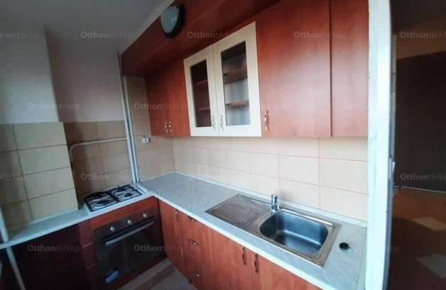 Kiadó lakás, Dunaújváros, 2 szobás
