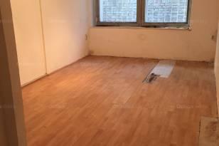Budapesti lakás eladó, Tabánban, Attila út 71., 2 szobás