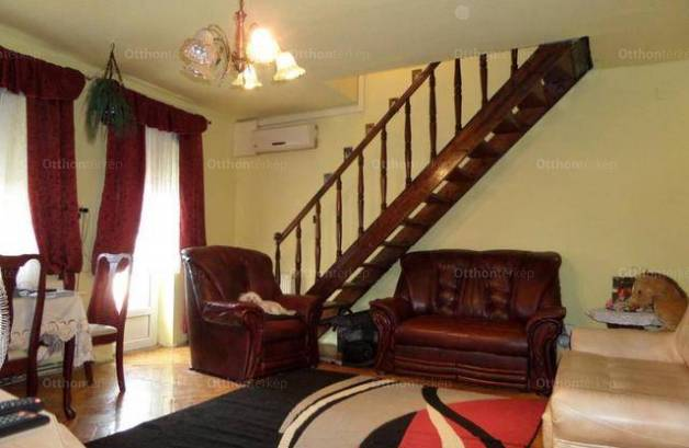 Pécsi eladó lakás, 1+2 szobás, 62 négyzetméteres