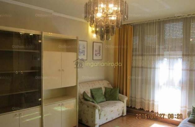 Nyíregyházai családi ház eladó, 286 négyzetméteres, 5 szobás