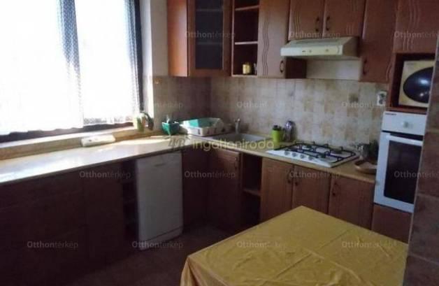 Eladó családi ház, Nyíregyháza, 4 szobás