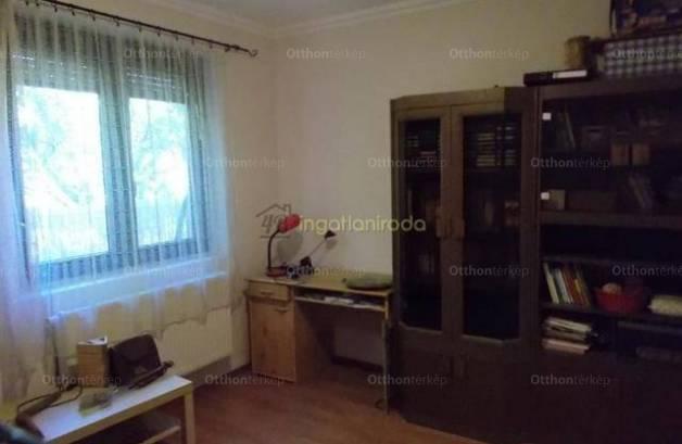 Nyíregyházai eladó családi ház, 4 szobás, 133 négyzetméteres