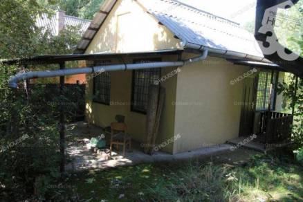 Tiszaug családi ház eladó, 2 szobás