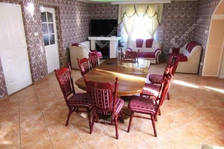 Családi ház eladó Tatabánya, 133 négyzetméteres